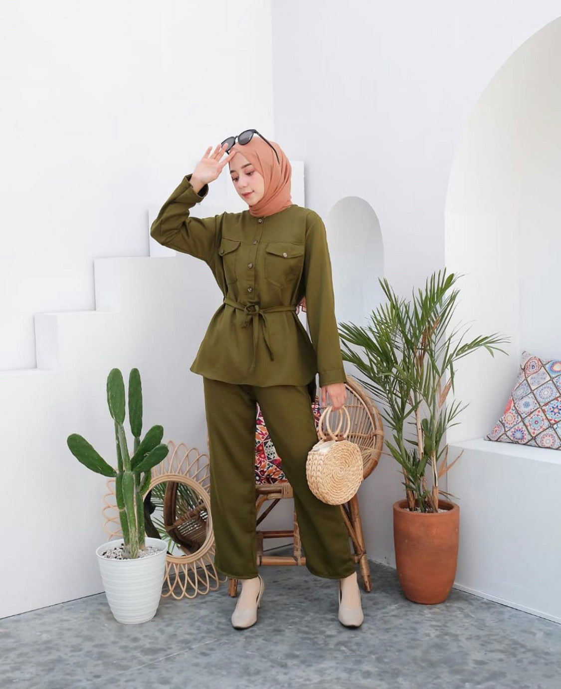 HANI SET IN ARMY GREEN