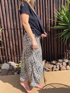 Huskia Skirt - Linen - bambu road - linen clothing - comfortable chic - lifestyle collection - australian resort wear - australian brand clothing - coastal fashion