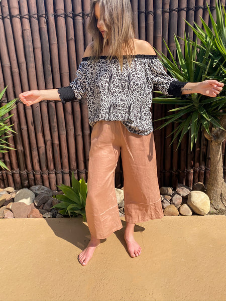 Lola Off The Shoulder - Linen - bambu road - linen clothing - comfortable chic - lifestyle collection - australian resort wear - australian brand clothing - coastal fashion
