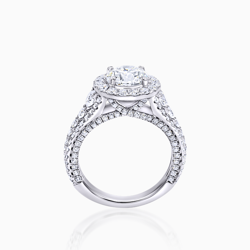 Brilliant Diamond Halo Engagement Ring