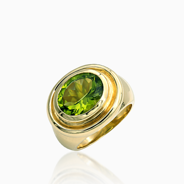 Ladies Peridot Ring
