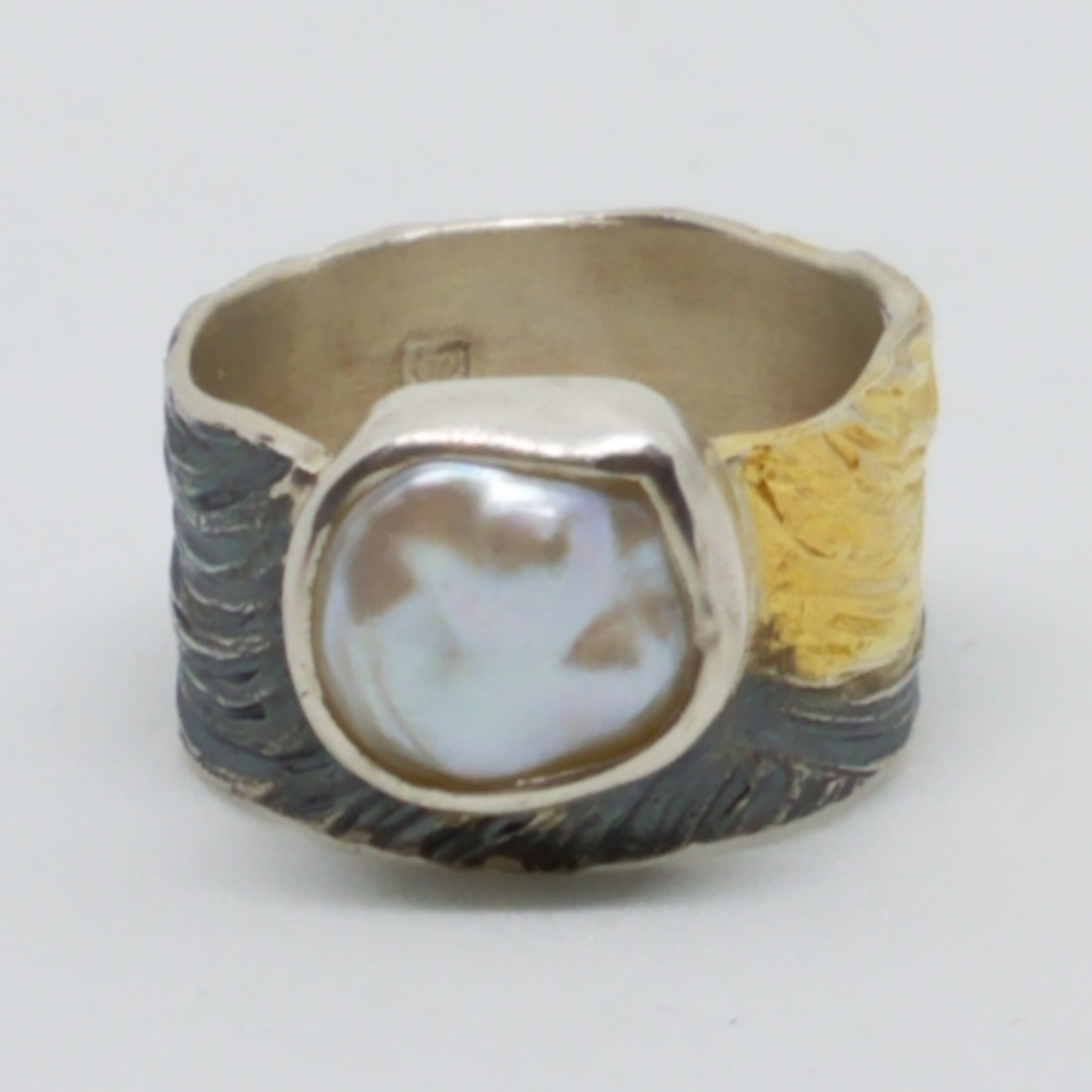 Two Tone Brush Stroke Freshwater Pearl Ring