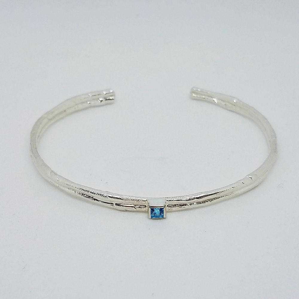Simple Silver Bracelet with Blue Topaz