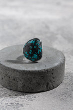 Load image into Gallery viewer, Tibetan Turquoise ring