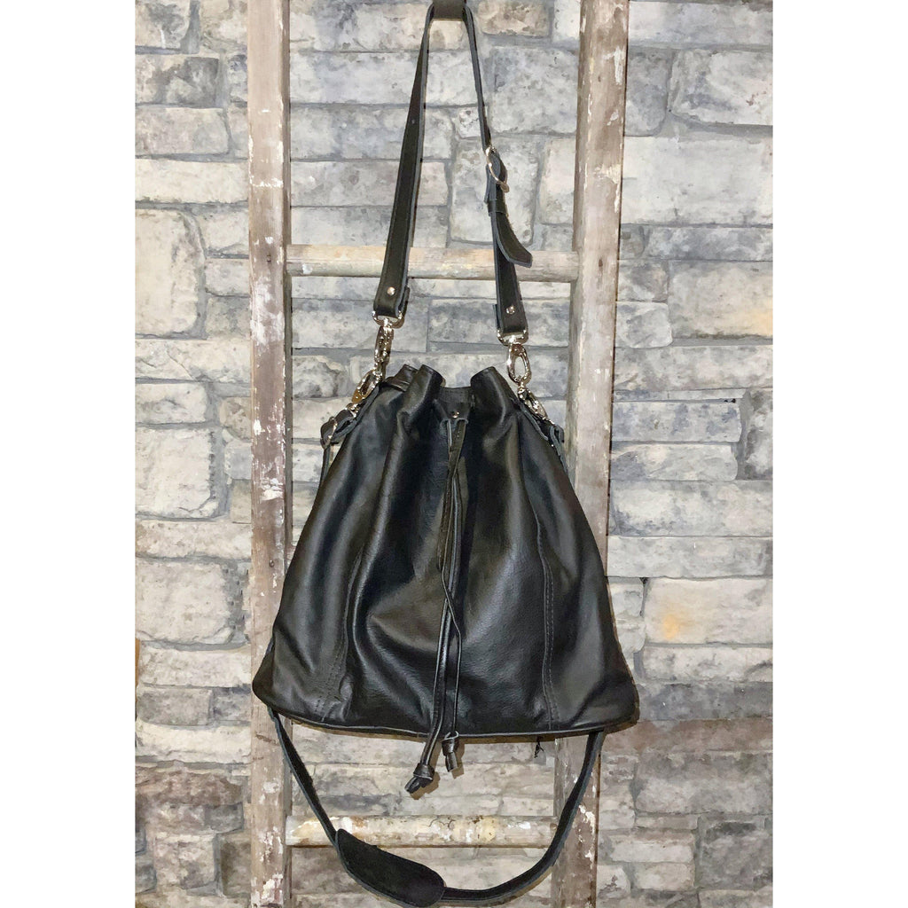 Maria Bucket Bag in Black