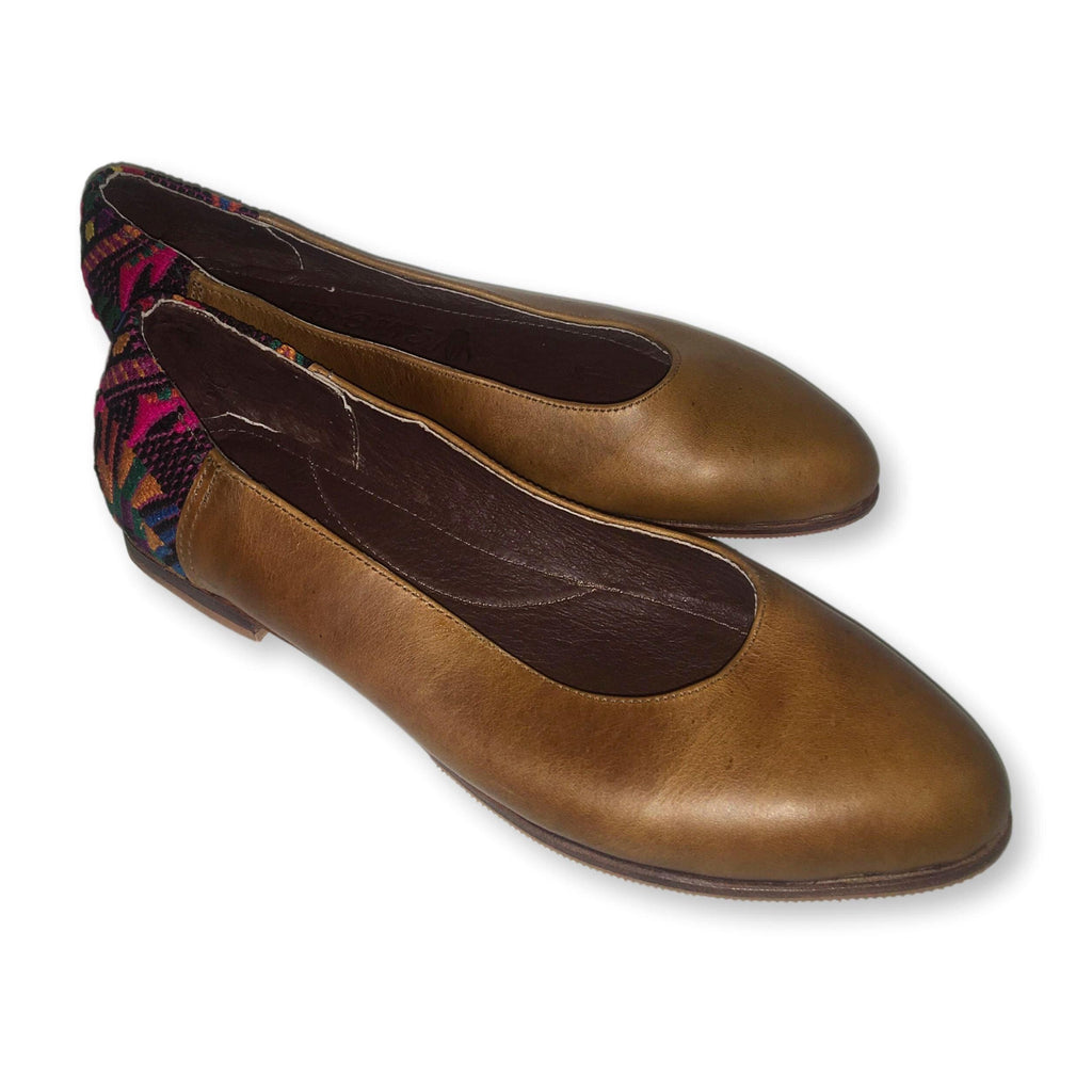 Guatemalan Handcrafted Flats 39.5 Best Fit 9