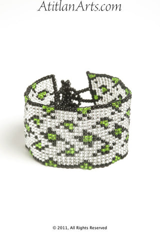 Flat Bracelet Lattice in Green, Silver & Black narrow