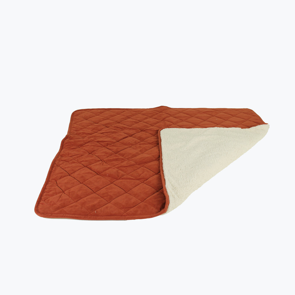 Diamond Quilt Microfiber & Cloud Sherpa Blanket Throw Earth Red