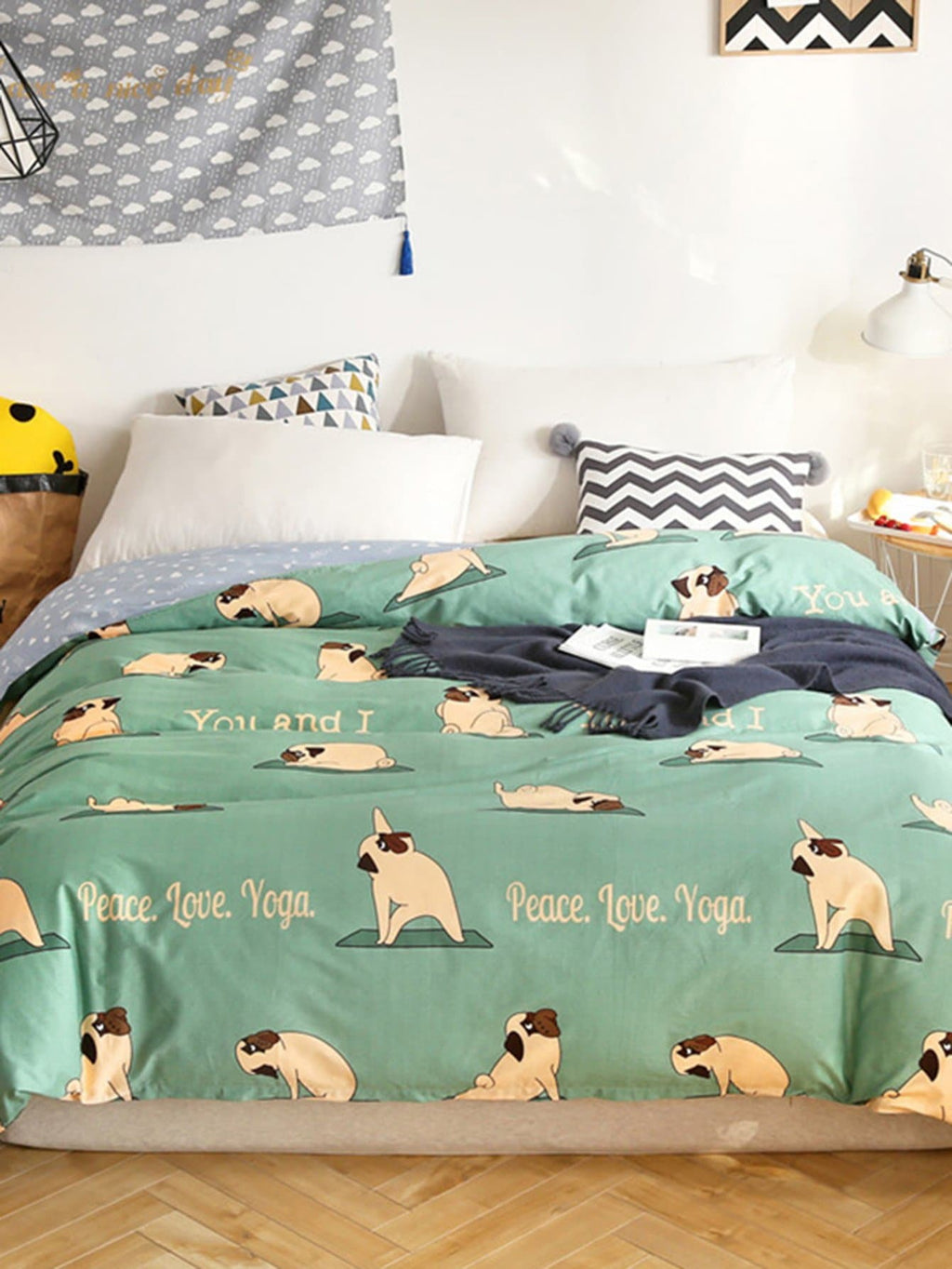 Dog & Letter Print Duvet Cover