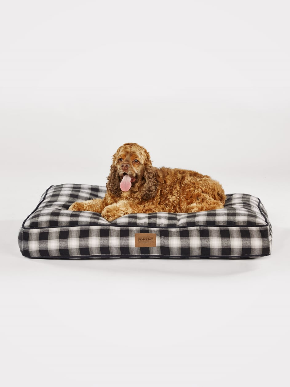 Pendleton Charcoal Ombre Plaid Napper Pet Dog Bed