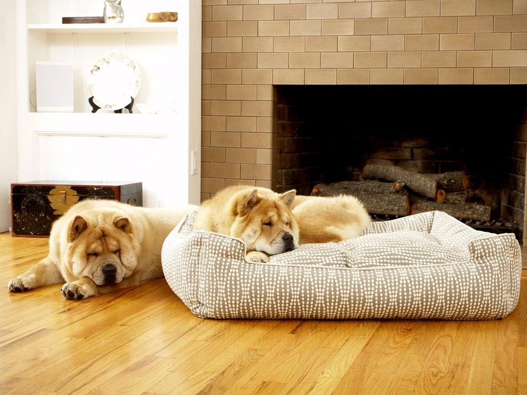 Pearl Lounge Luxury Hypo-Allergenic Dog Bed