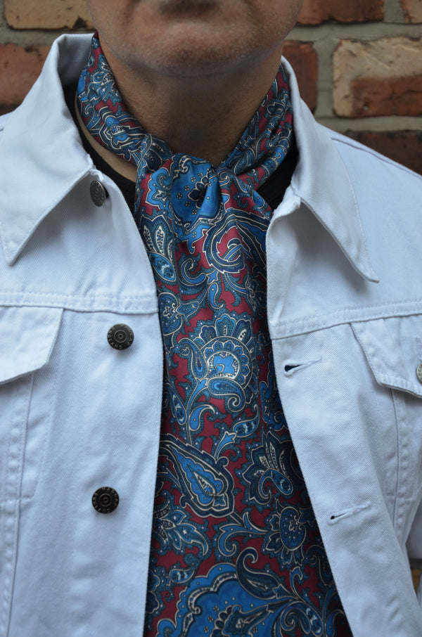 Men's Retro Scarves: 5 Times You'll Rock Your Soho Scarf