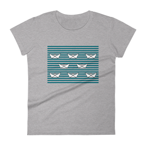 8 Paper Boats Women's Round Neck T-Shirt, Collection Origami Boat-Heather Grey-S-Tamed Winds-tshirt-shop-and-sailing-blog-www-tamedwinds-com