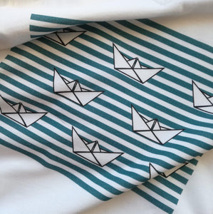 8 Paper Boats Women's Round Neck T-Shirt, Collection Origami Boat-Tamed Winds-tshirt-shop-and-sailing-blog-www-tamedwinds-com