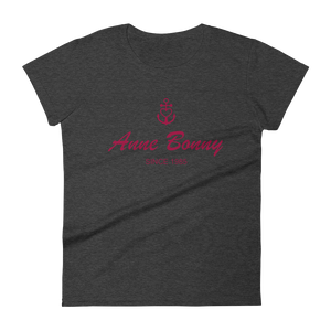 Anne Bonny Women's Round Neck T-Shirt, Collection Pirate Tales-S-Tamed Winds-tshirt-shop-and-sailing-blog-www-tamedwinds-com