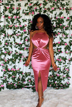 Load image into Gallery viewer, Rose' Satin Cutout Midi Dress