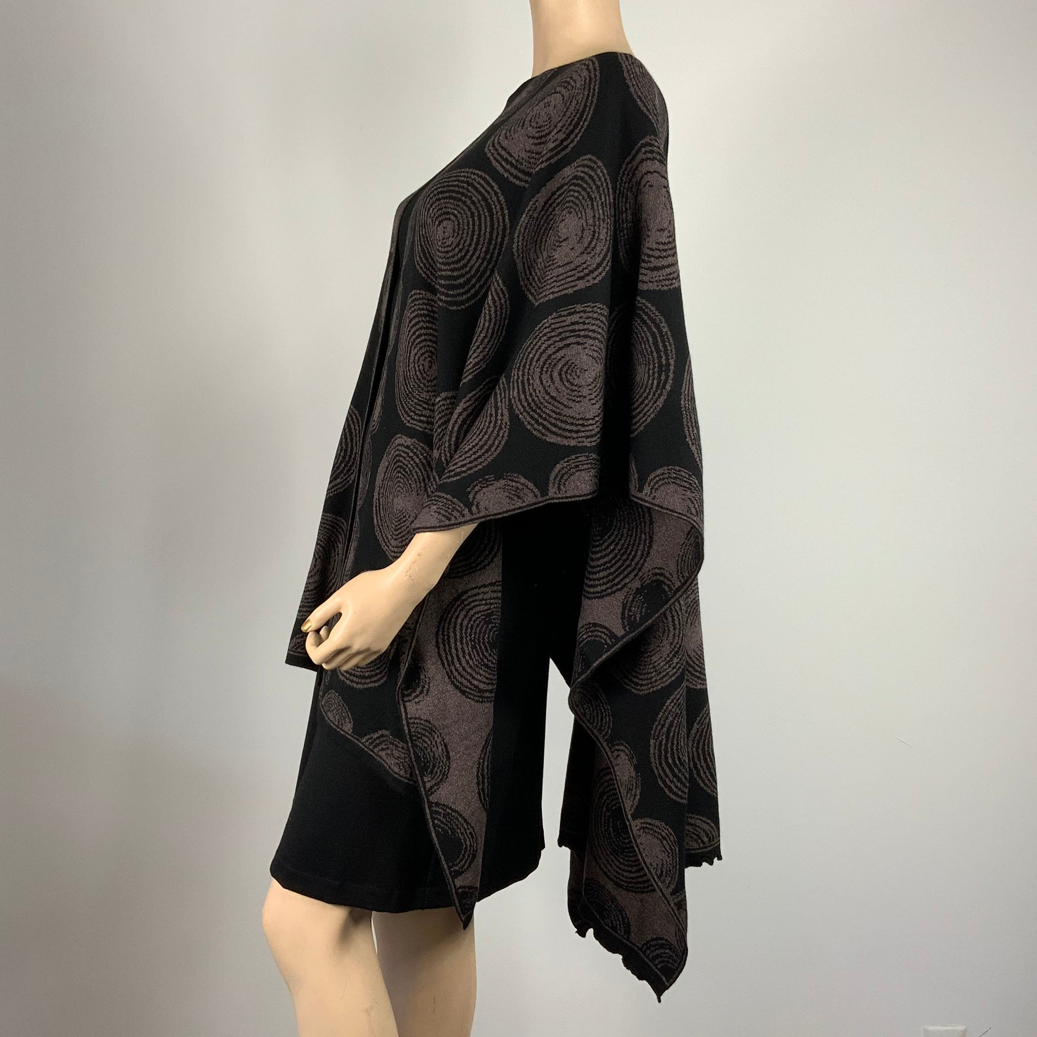 Spirals Cape  Black & Brown