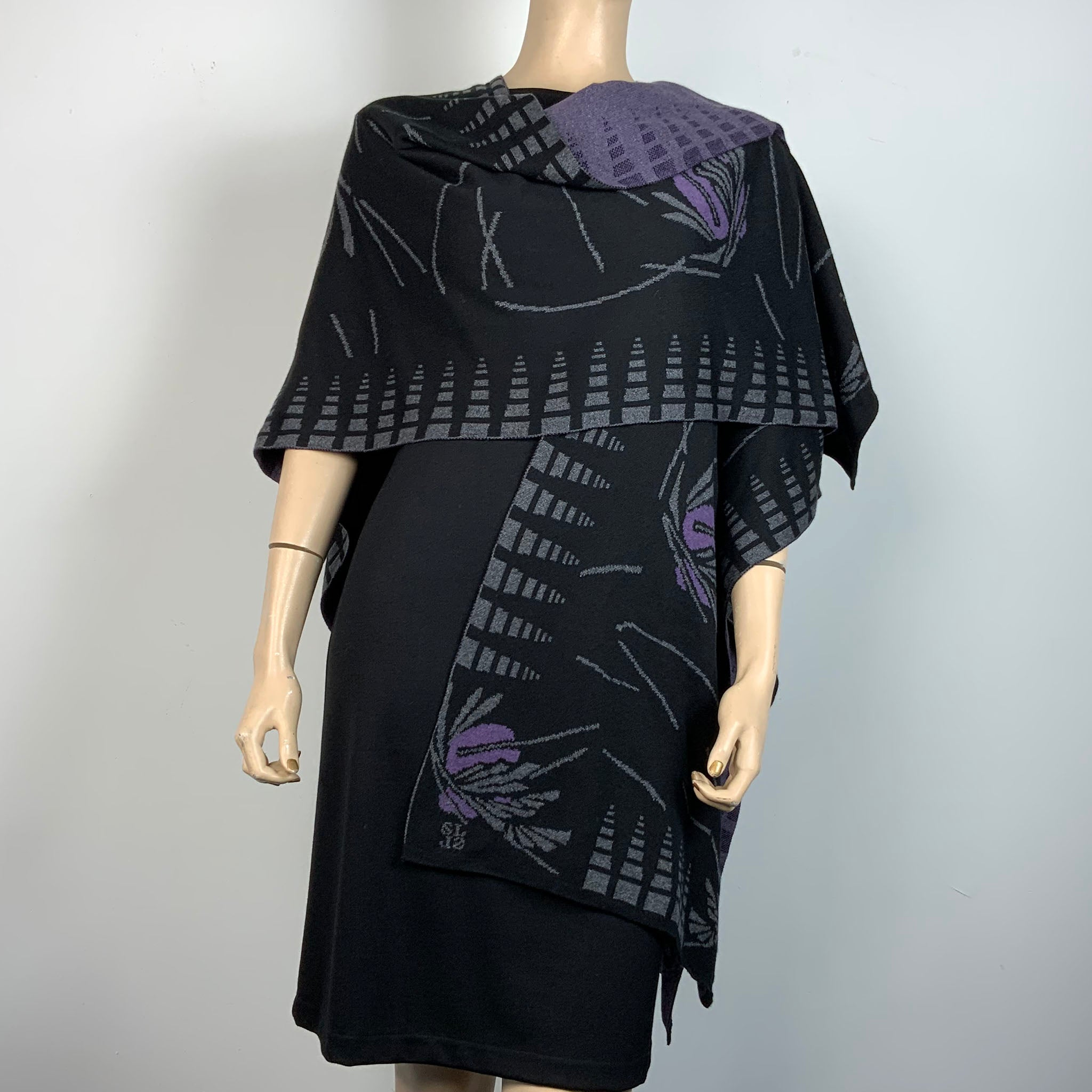 Blossom Cape  Black,Charcoal, Purple