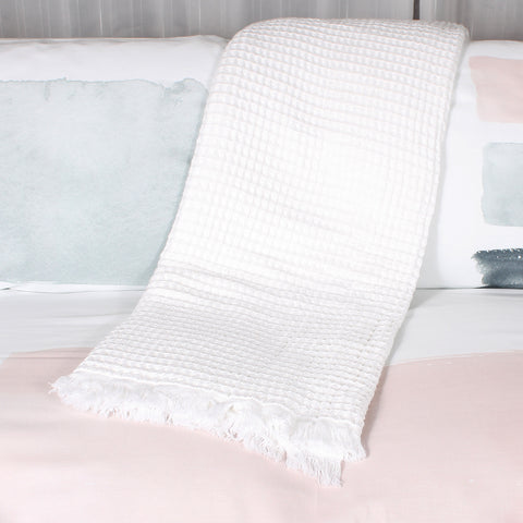Waffle throw white by Marie Dooley