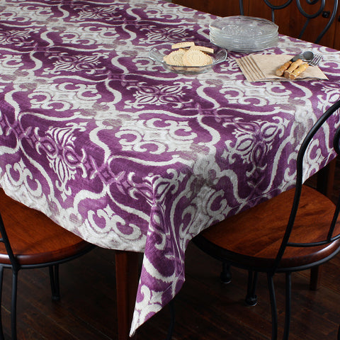 Giacomo pink tablecloth by Marie Dooley