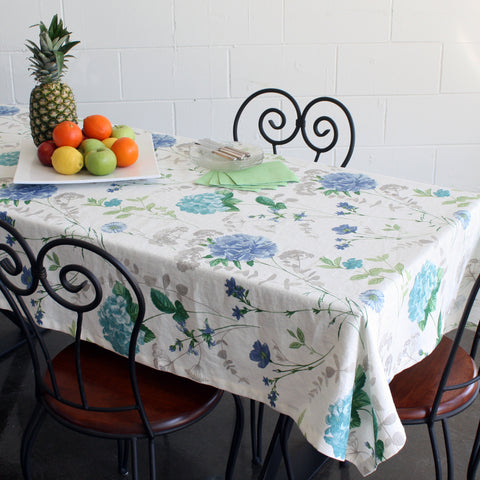 Hortensia tablecloth by Marie Dooley