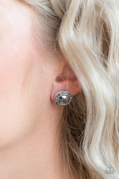 Latest Luxury Paparazzi Earrings-Silver