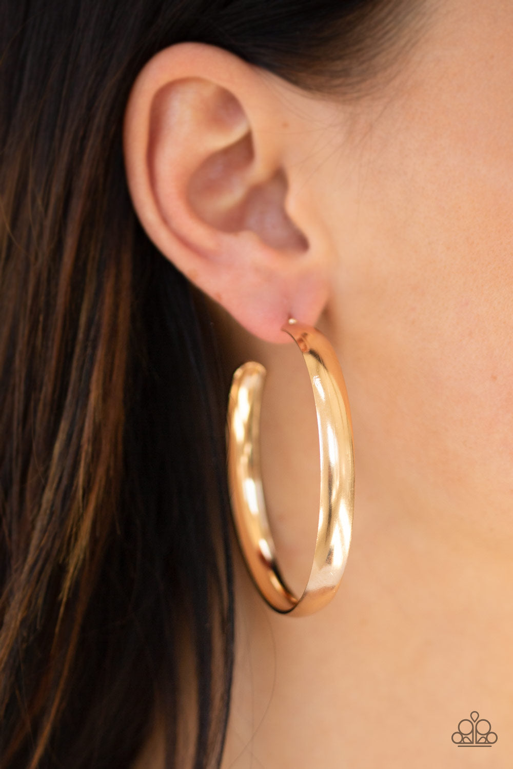 A Double Feature Paparazzi Earrings-Gold