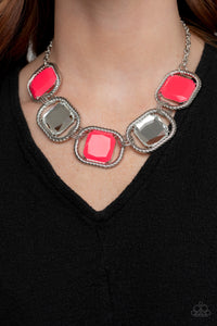 Pucker Up Paparazzi Necklace-Pink