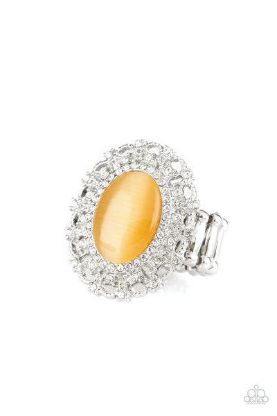 BAROQUE The Spell Paparazzi Ring-Yellow