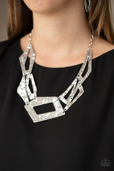 Break The Mold Paparazzi Necklace-Silver