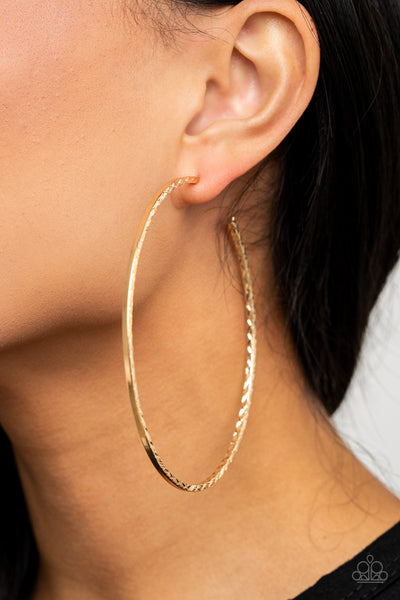 Diamondback Diva Paparazzi Earrings-Gold