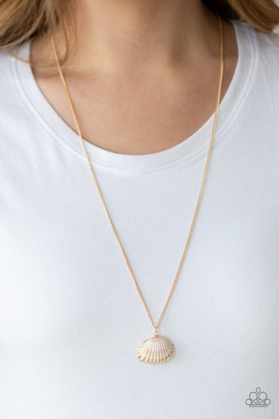 Show And SHELL Paparazzi Necklace-Gold