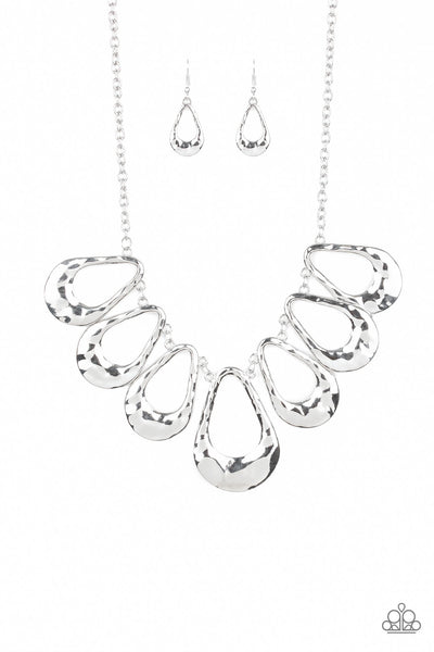 Teardrop Envy Paparazzi Necklace-Silver