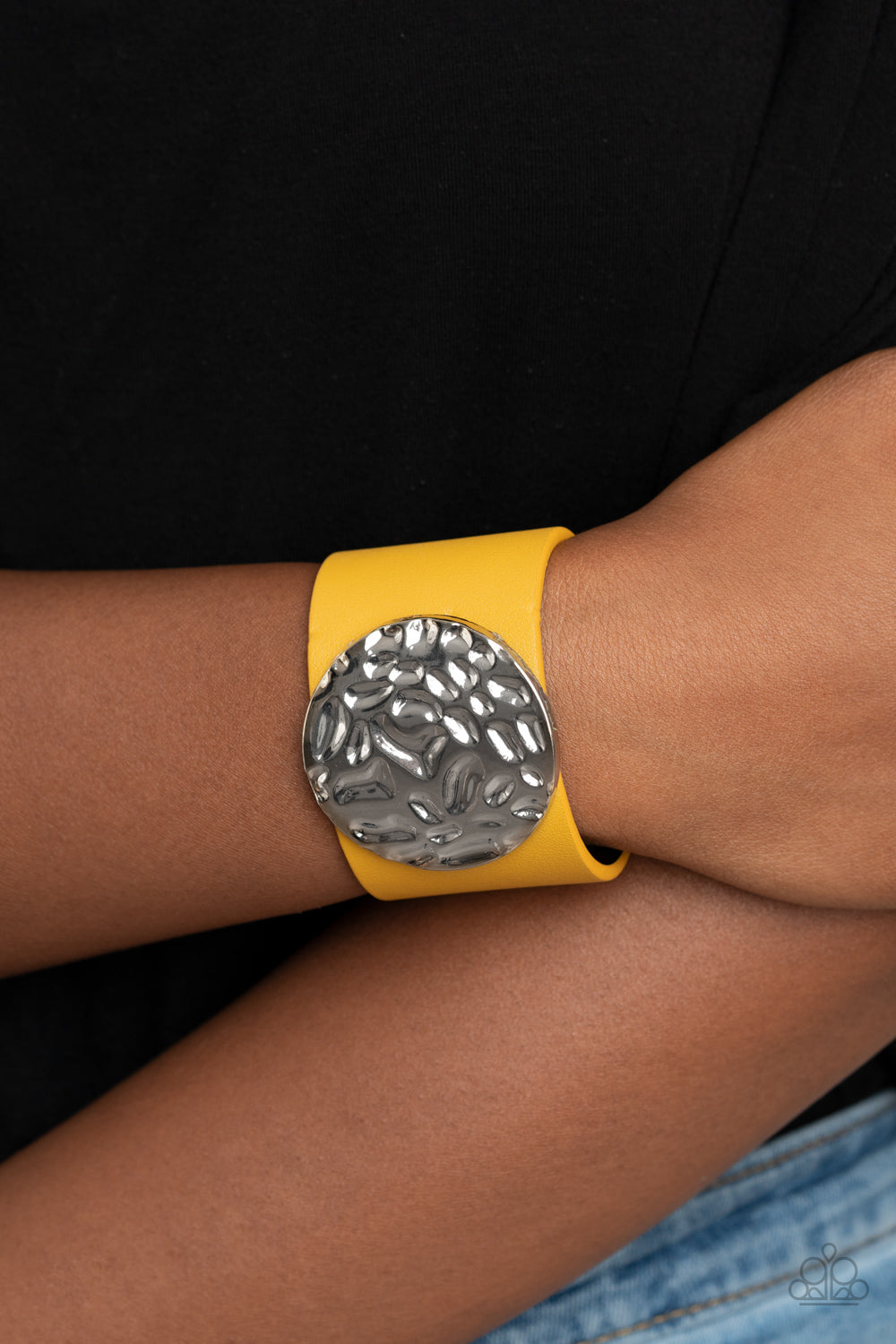 The Future Looks Bright Paparazzi Bracelet-Yellow