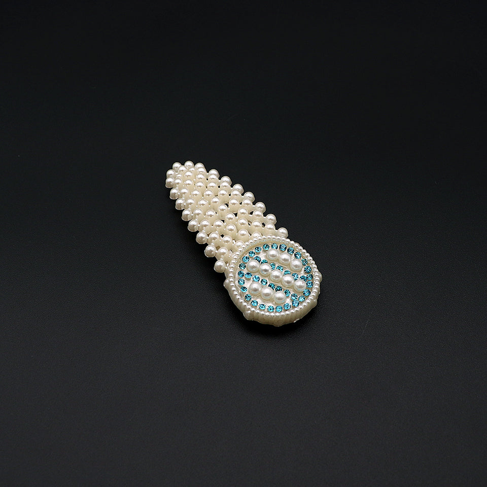Over sized Pearl and  diamantes Decorated Tick Tack  Hair Clip