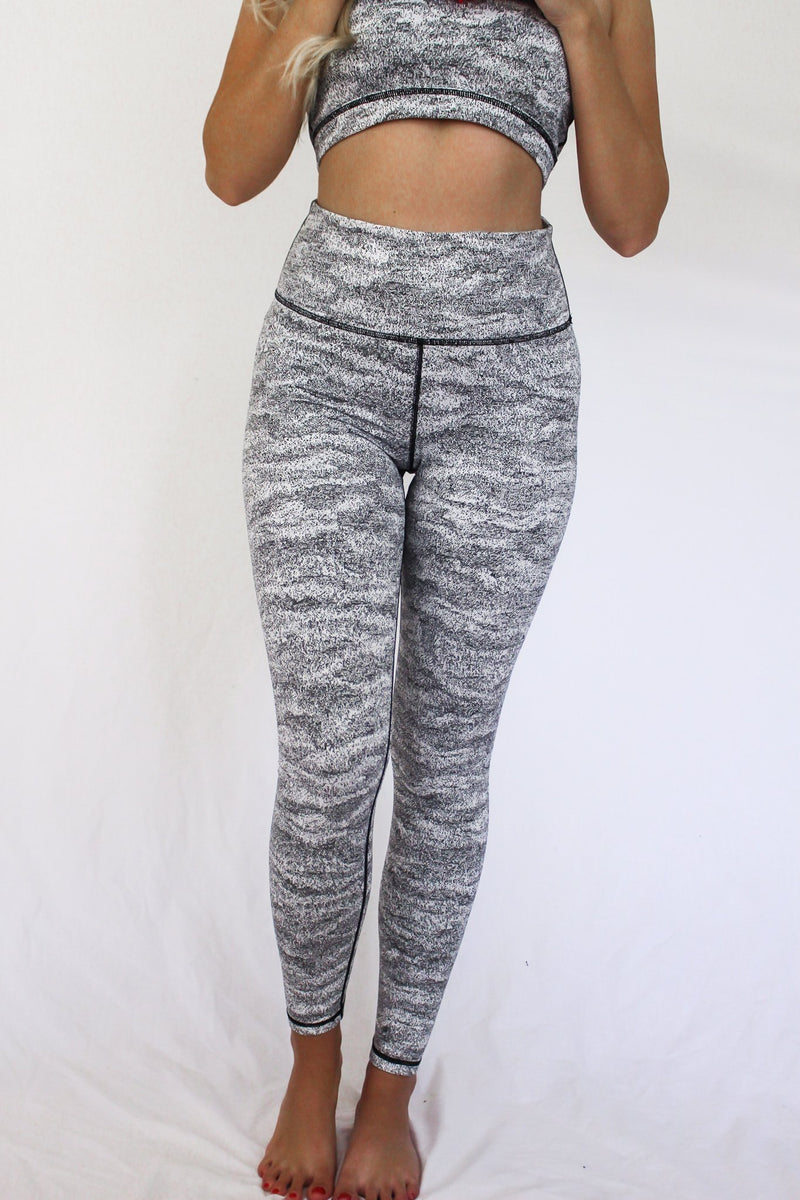 Along The Horizon Highwaisted Leggings - Hollie's Boutique