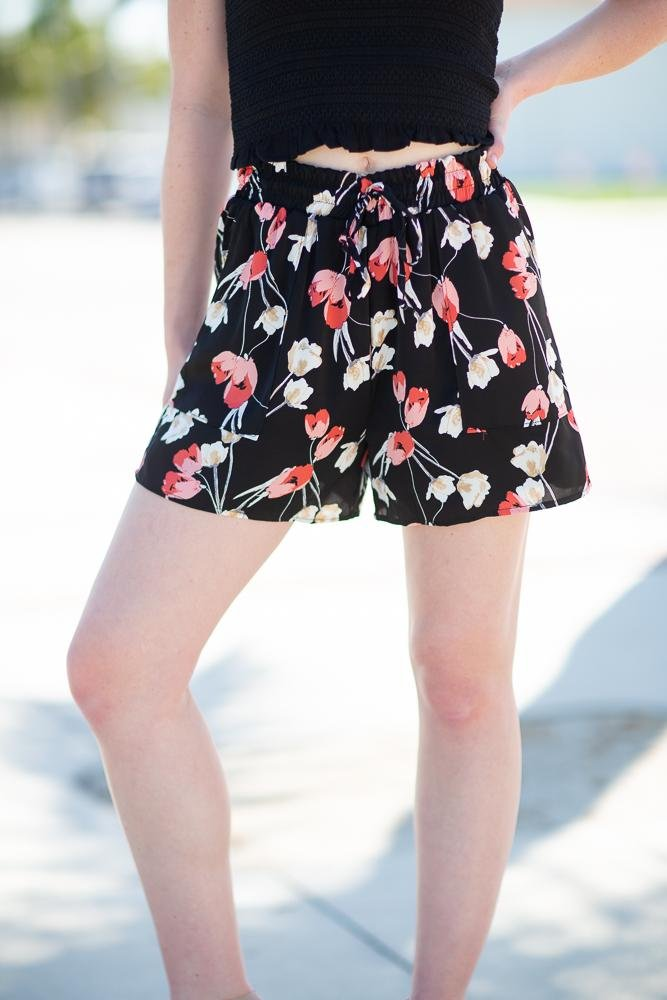 Find Me Floral Printed Shorts - Hollie's Boutique