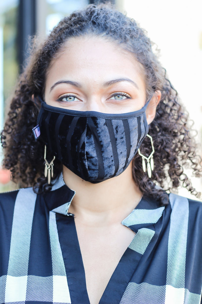 Keep It Real Velvet Face Mask Black - Hollie's Boutique