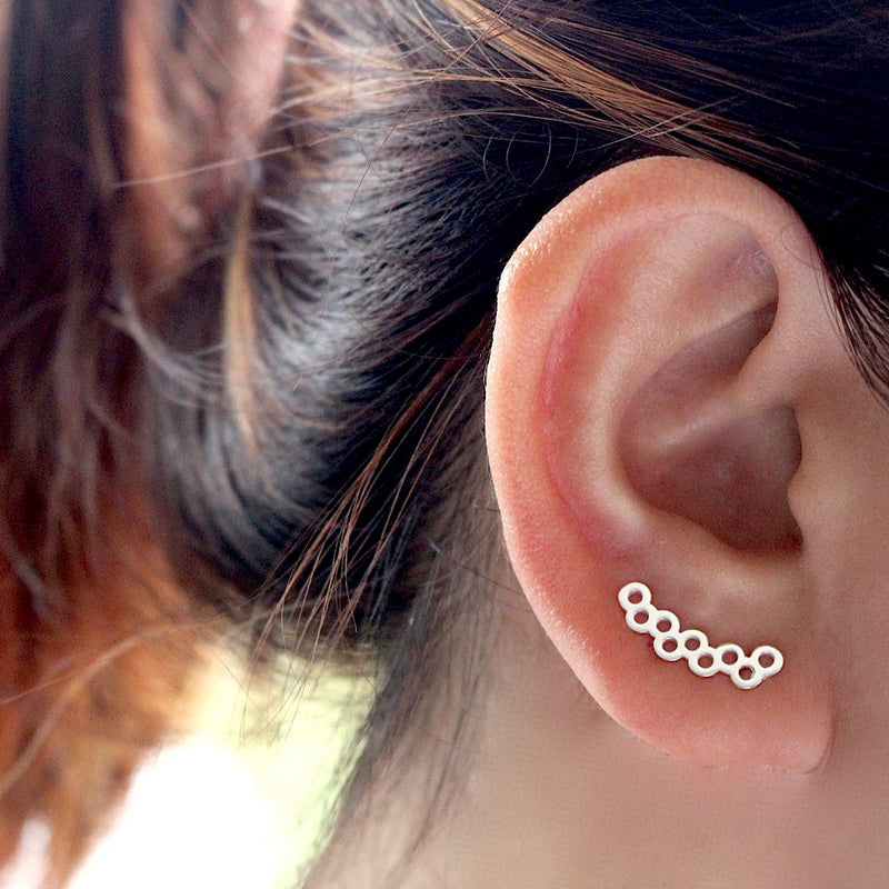 Honeycomb Ear Crawler