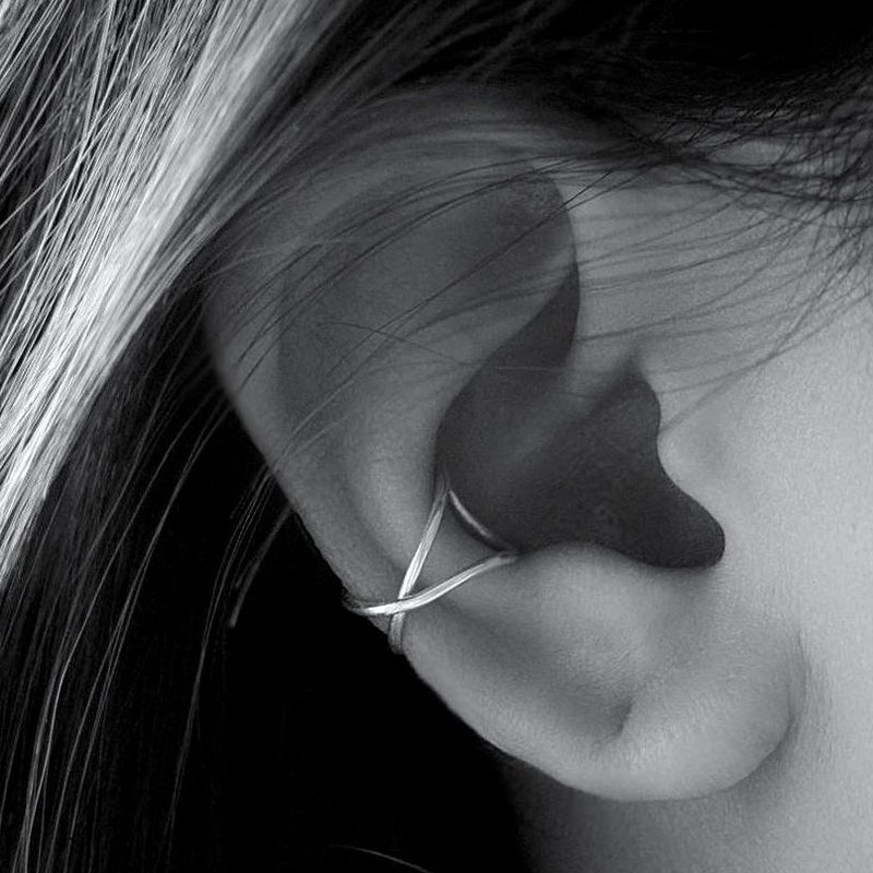 Criss Cross Ear Cuff