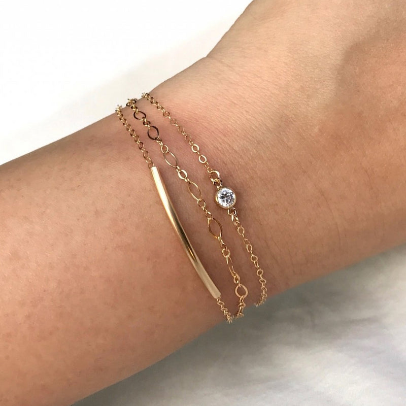 Chic Curved Bar Bracelet