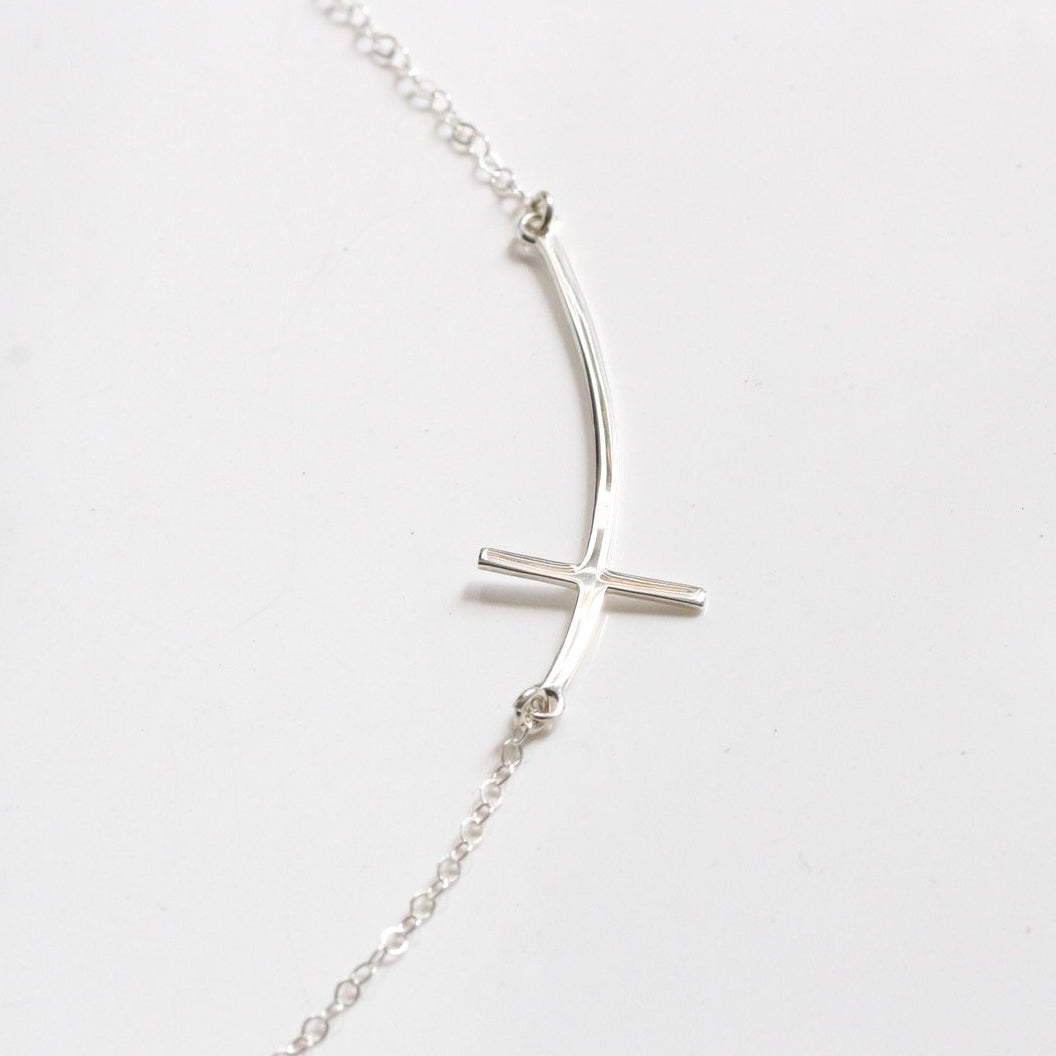 Curvy Cross Choker