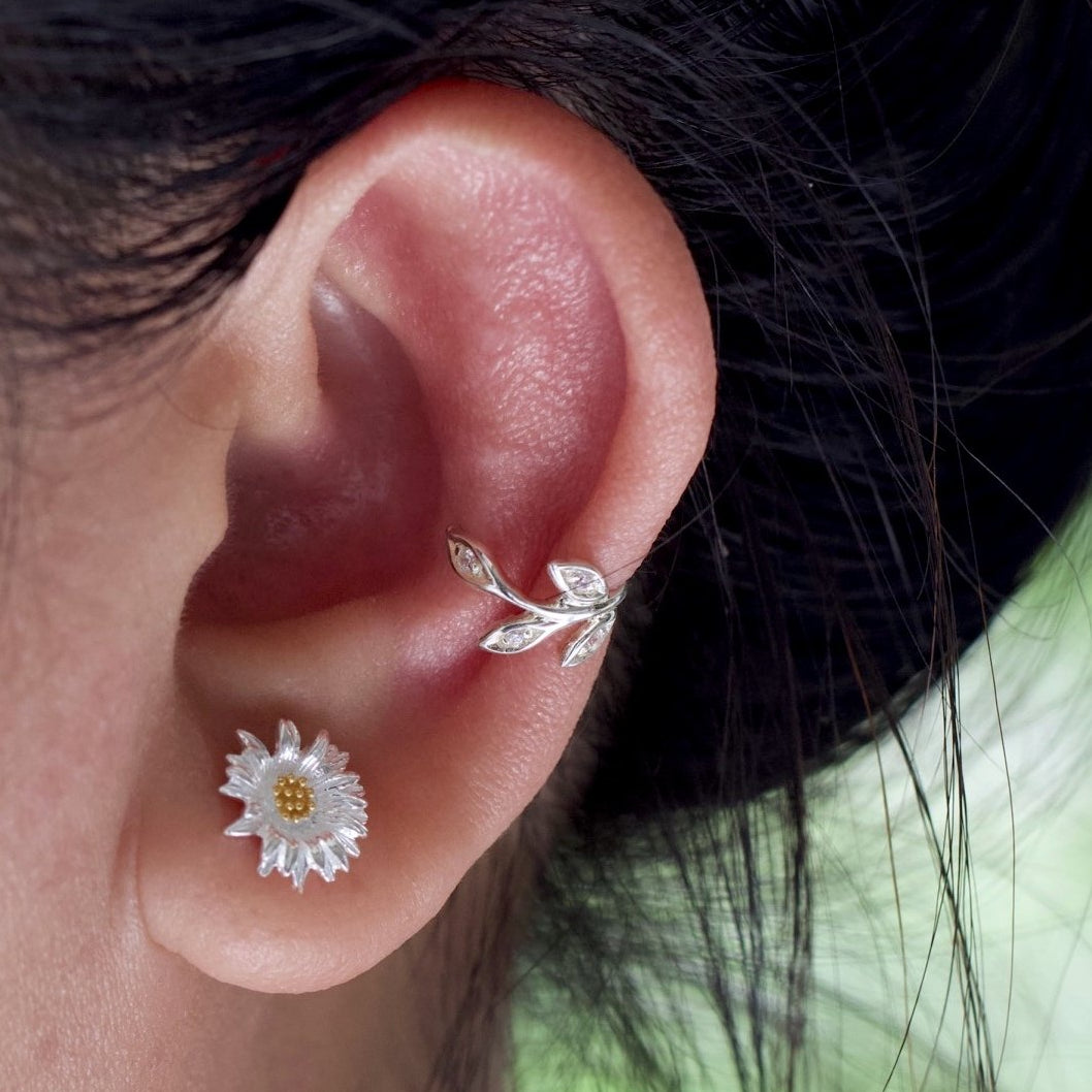 Divine Daisy Stud Earrings