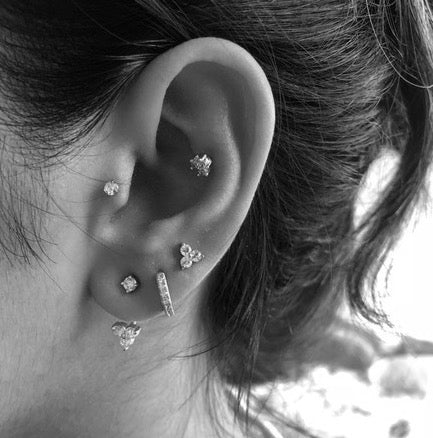 Shiny Trio Cartilage Barbell