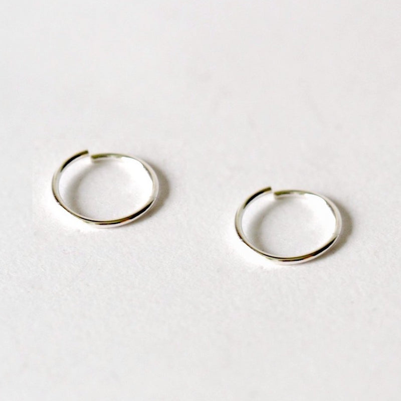 Petti Hugging Hoop Earrings (Pair)