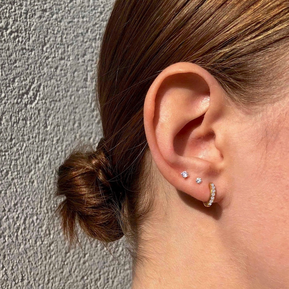 Details about  /Dainty Land Snail Stud 925 Sterling Silver Push Back Earrings