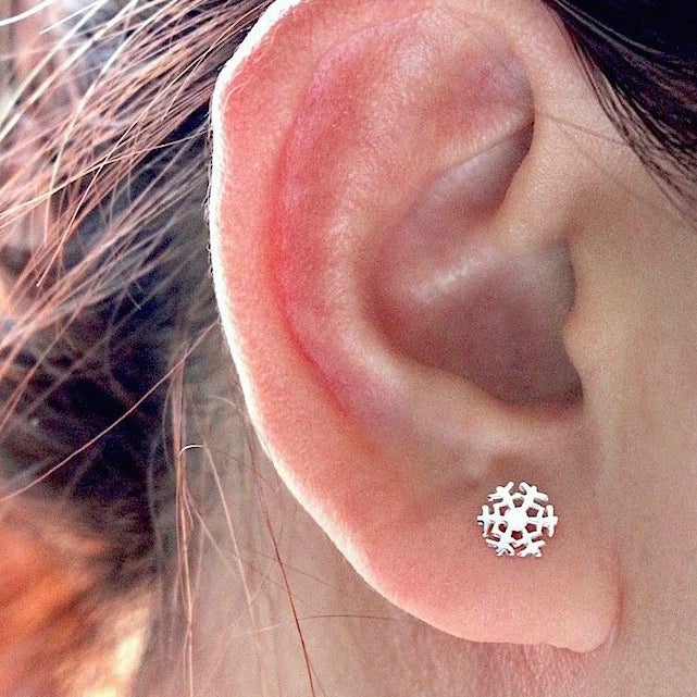 Snowy Stud Earrings