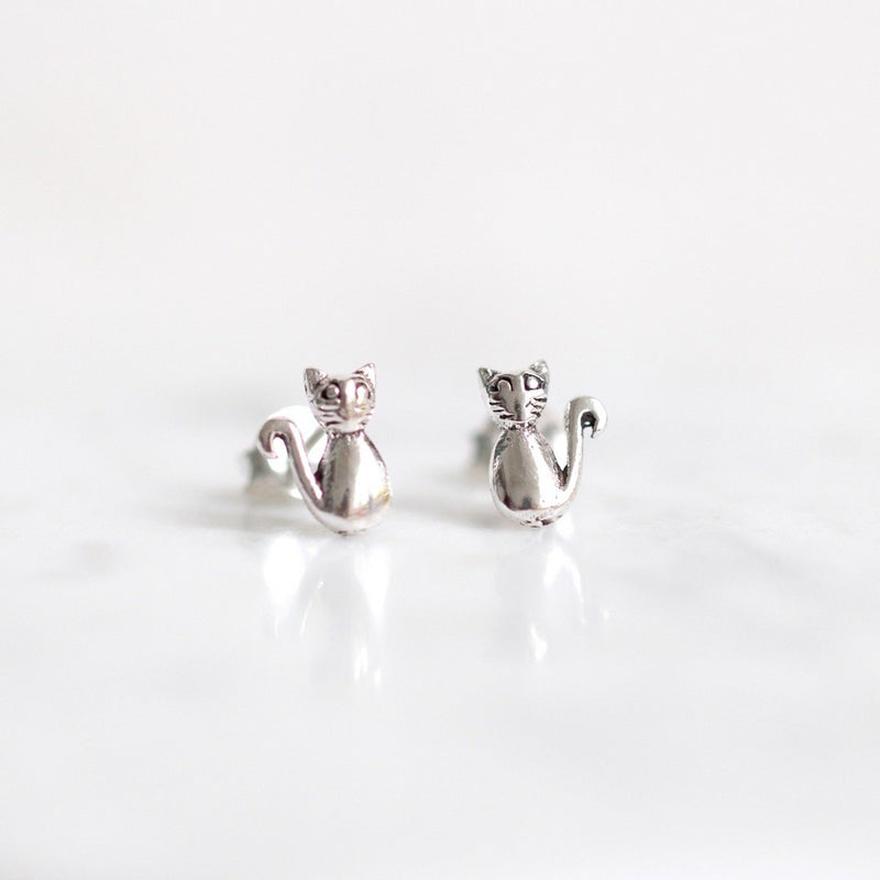 Taffy Cat Stud Earrings