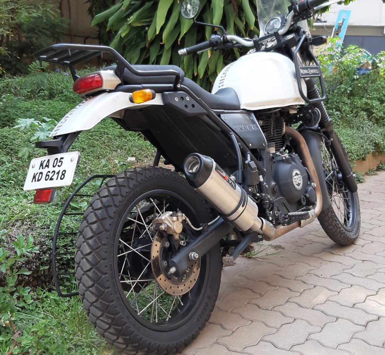 Royal Enfield Himalayan Slip-on Exhaust with Mid Link Pipe