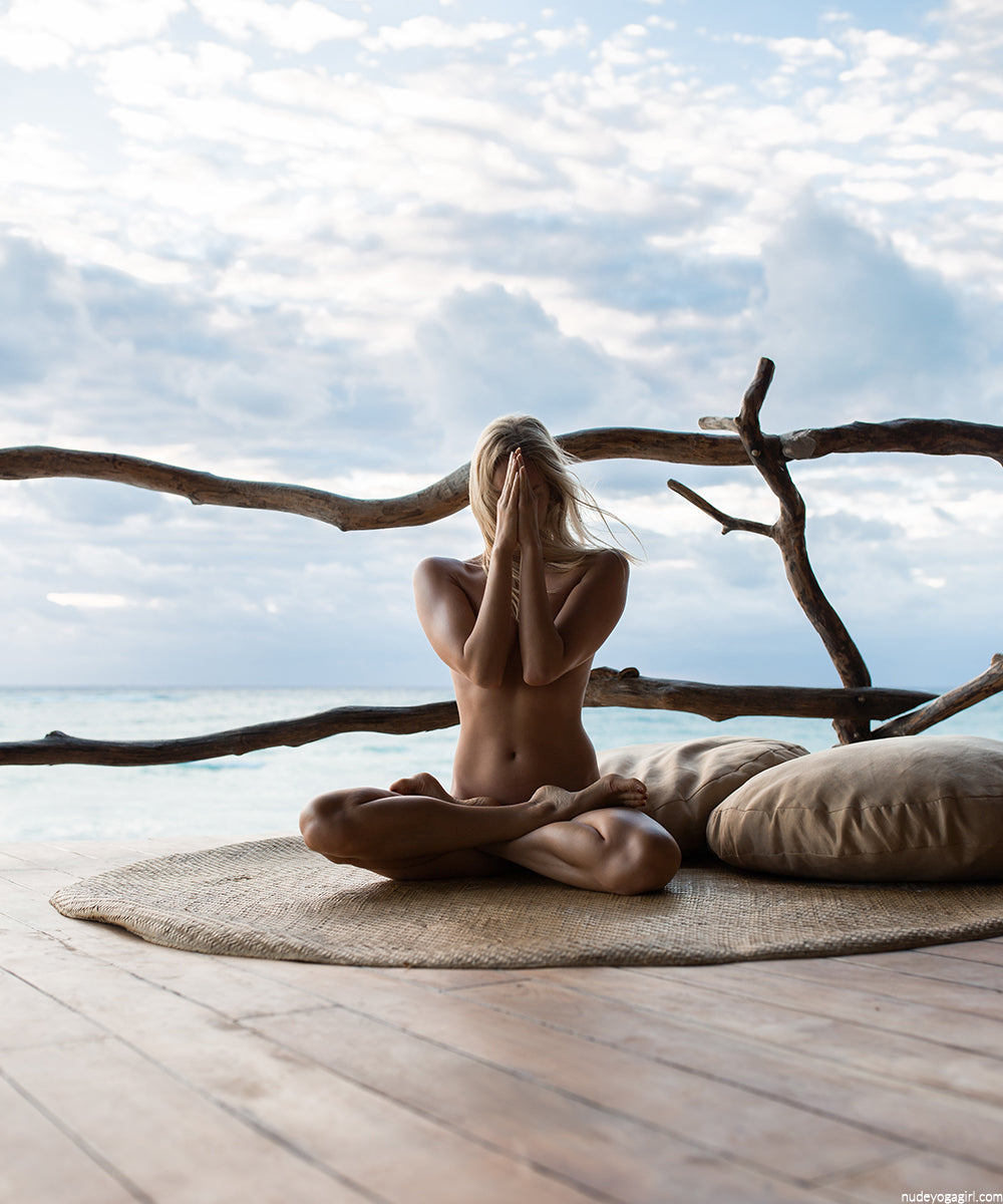 Nude yoga girl photography in mexico taken with lense